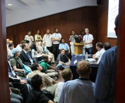 Crowded talk at Wikimania 2008